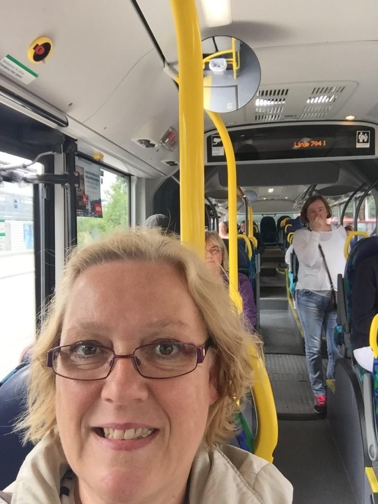 Äntligen på bussen!