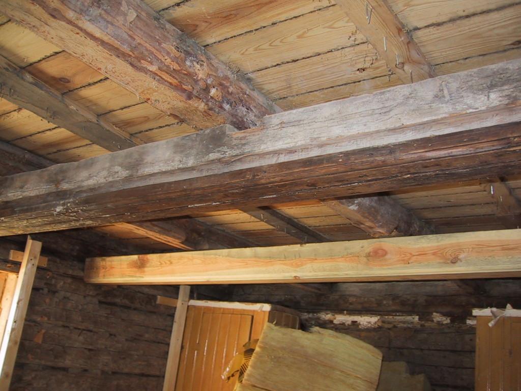 Och taket fick en ny regel då den andra var rutten